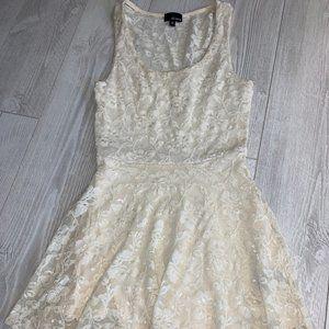 Aritzia Dilema White Lace Dress